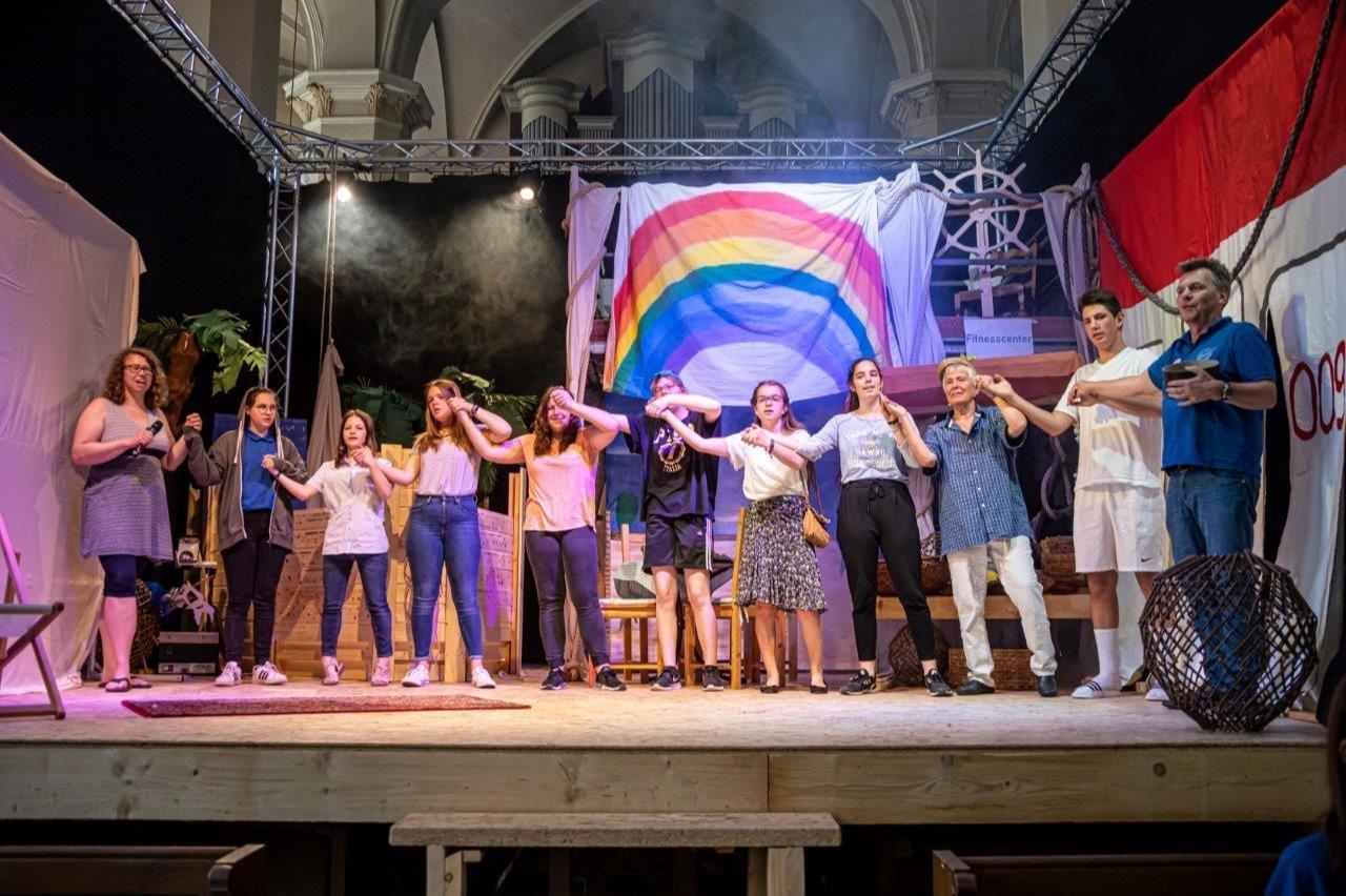 1300 Grundschüler besuchen Noah-Musical