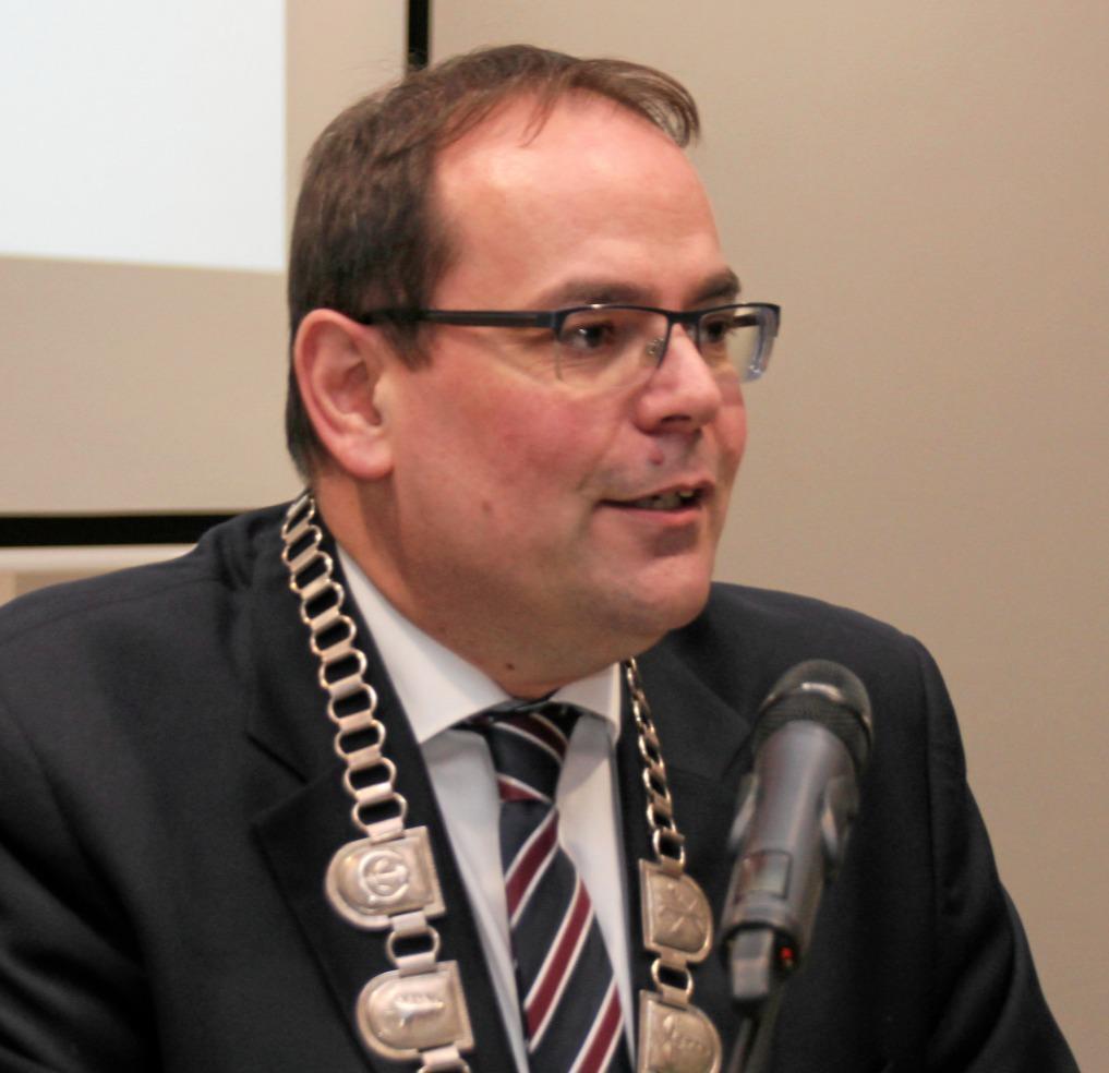 Bürgermeister kritisiert Umgang im Internet