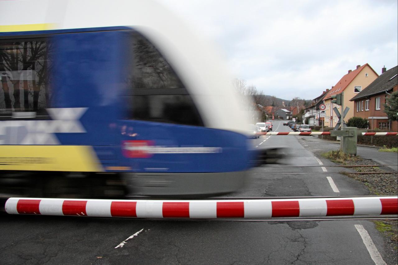 Bahn-Haltepunkt in Othfresen wieder Thema