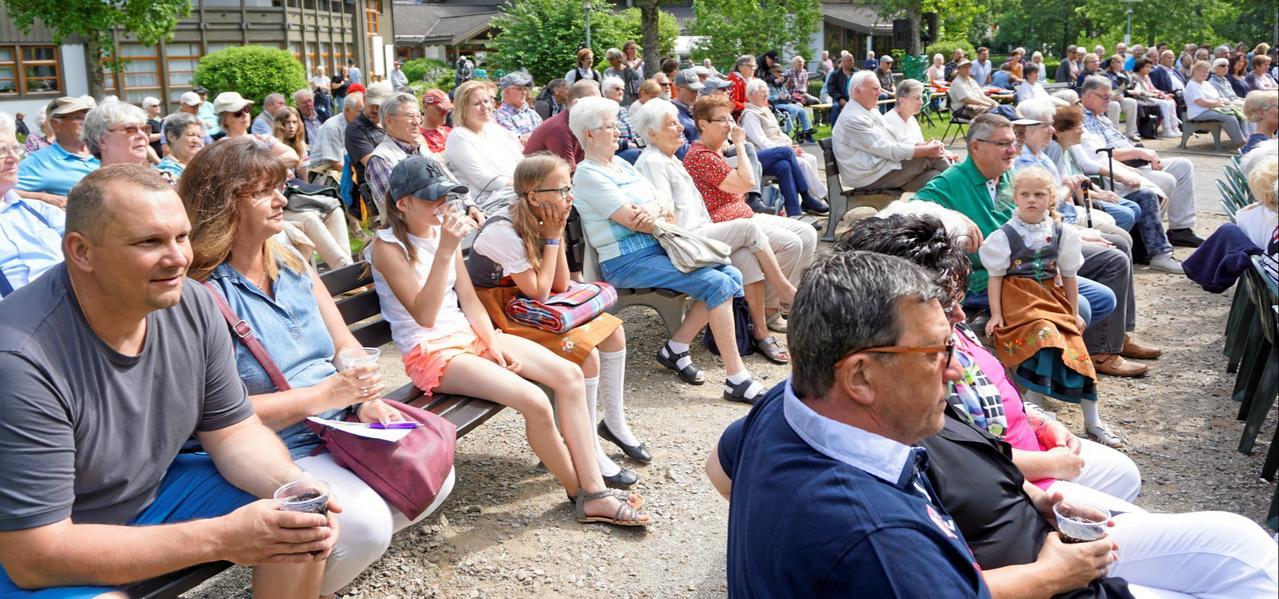 Viele Besucher beim Pfingsttreffen