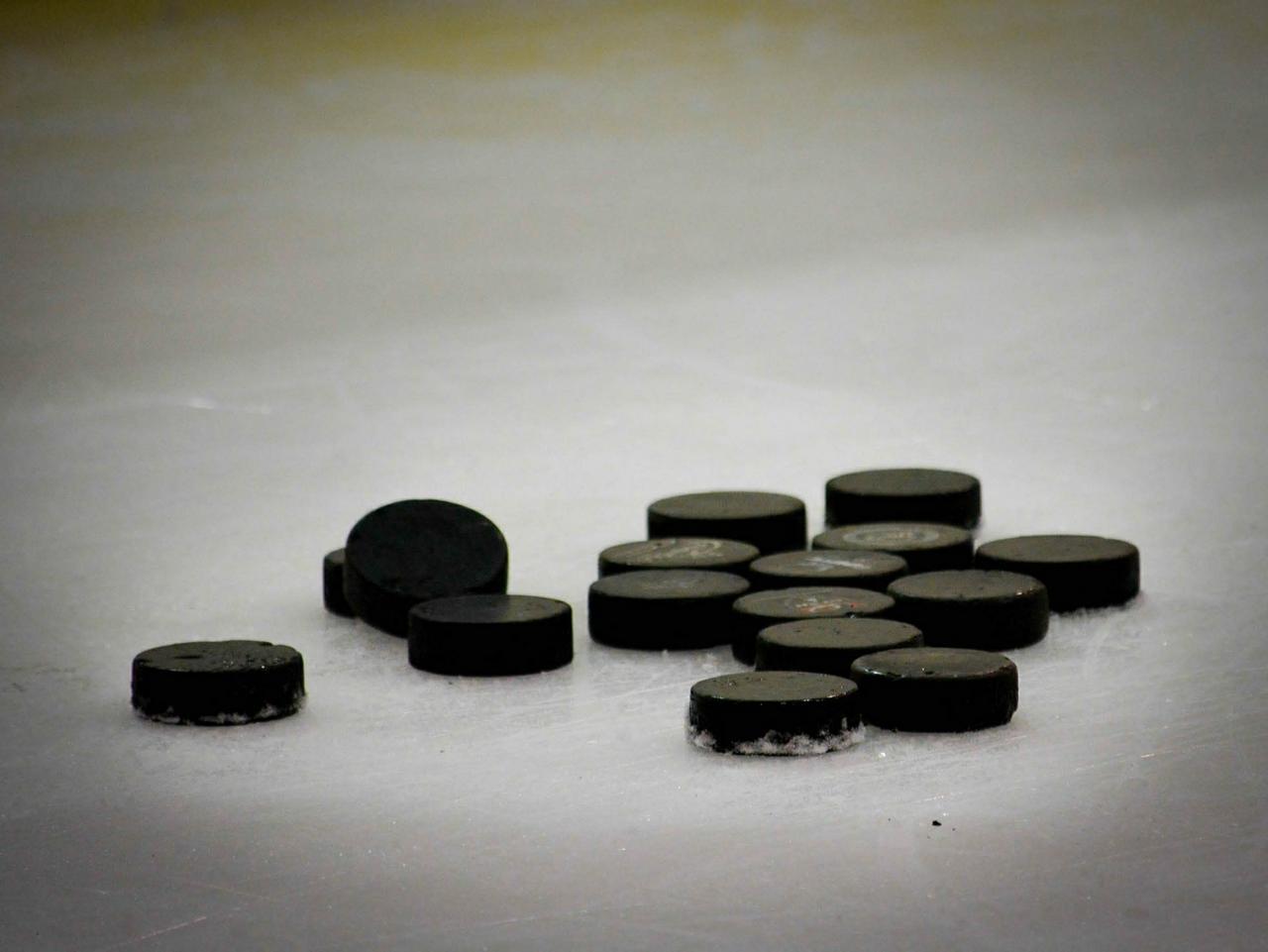 Eishockey-Länderspiel im Braunlager Stadion