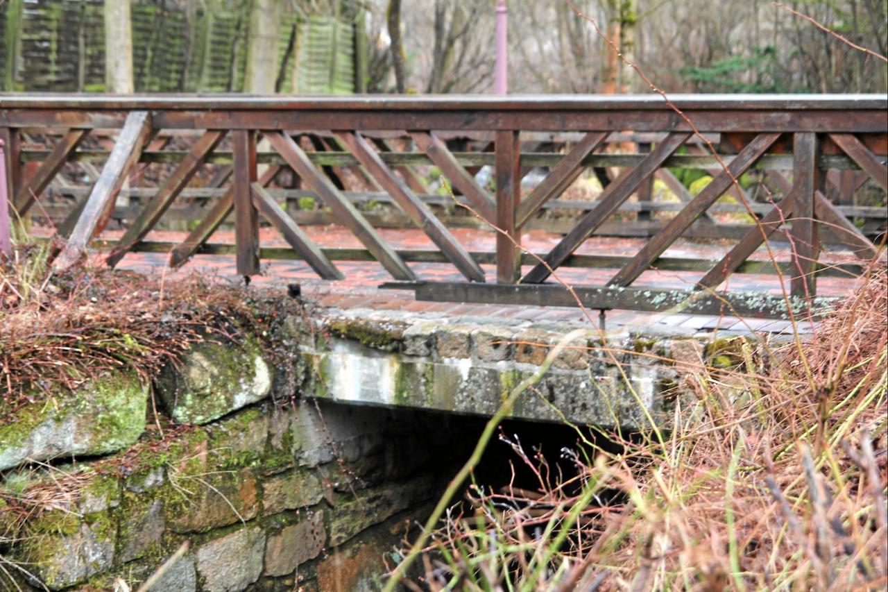 Brückenbelag: Asphalt oder Pflaster?