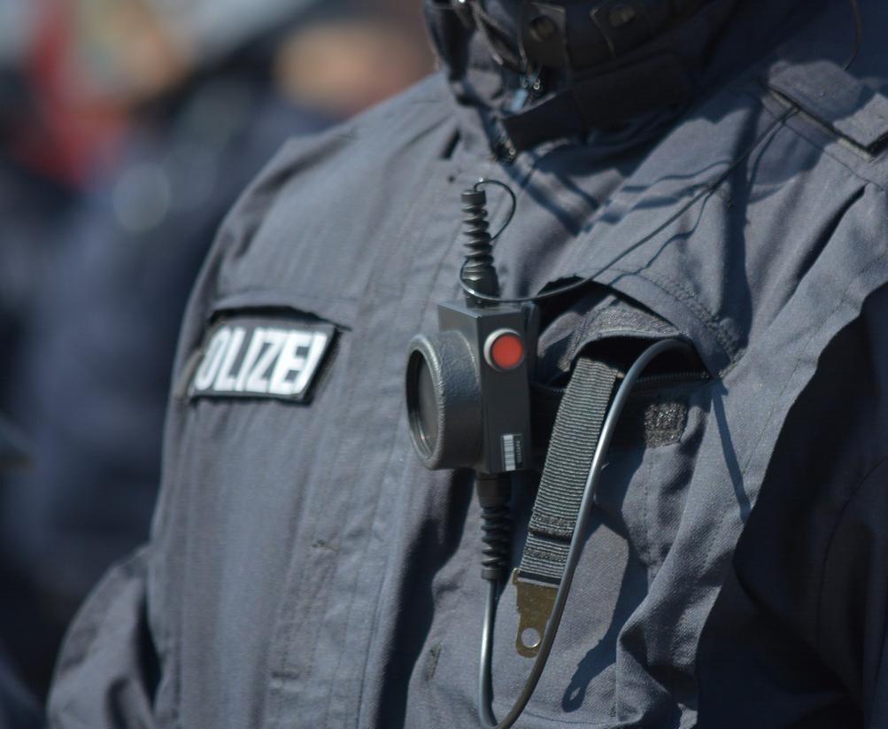 Polizei erhält elektronische Dienstausweise