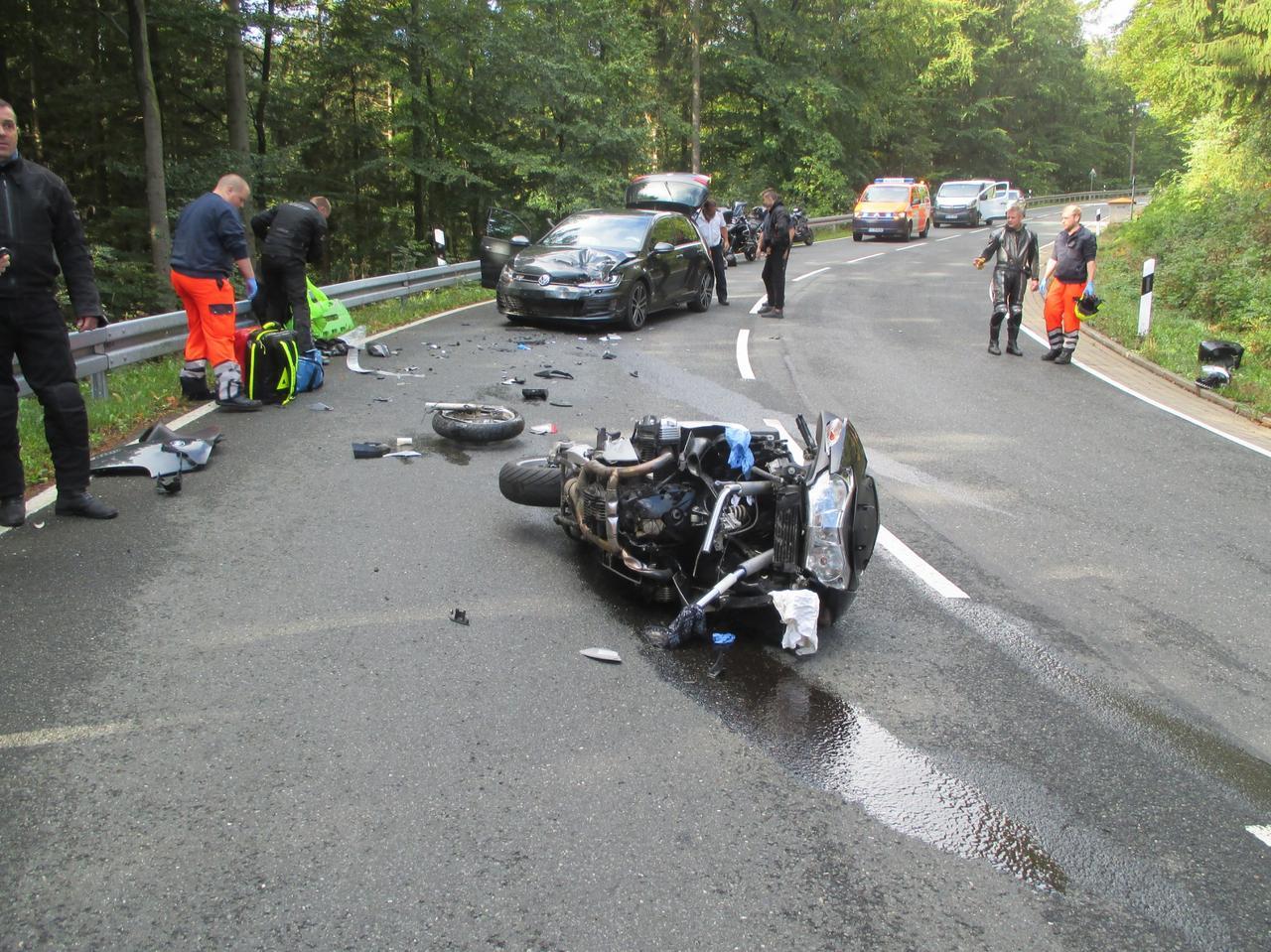Motorradfahrer auf L 516 schwer verletzt