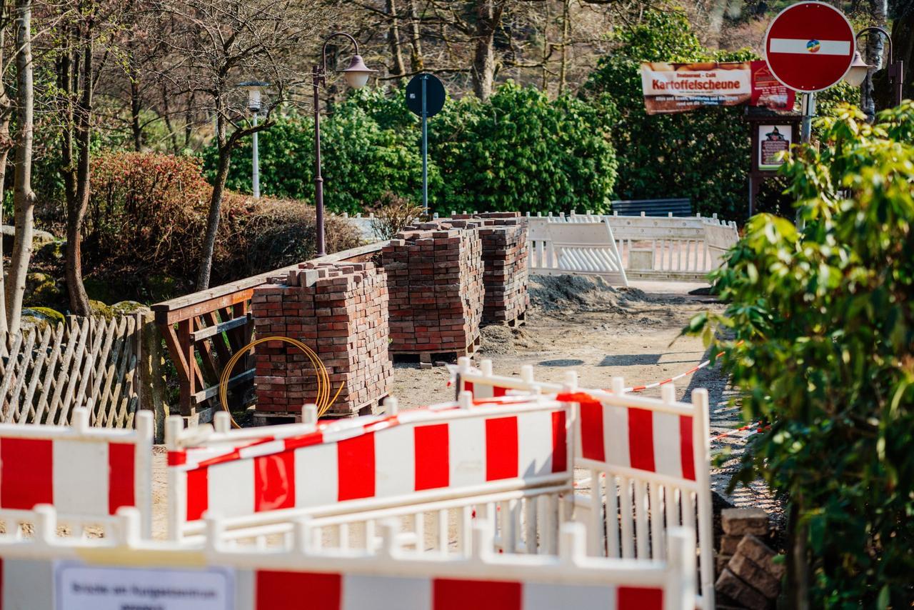 Brücke wird saniert und ist gesperrt