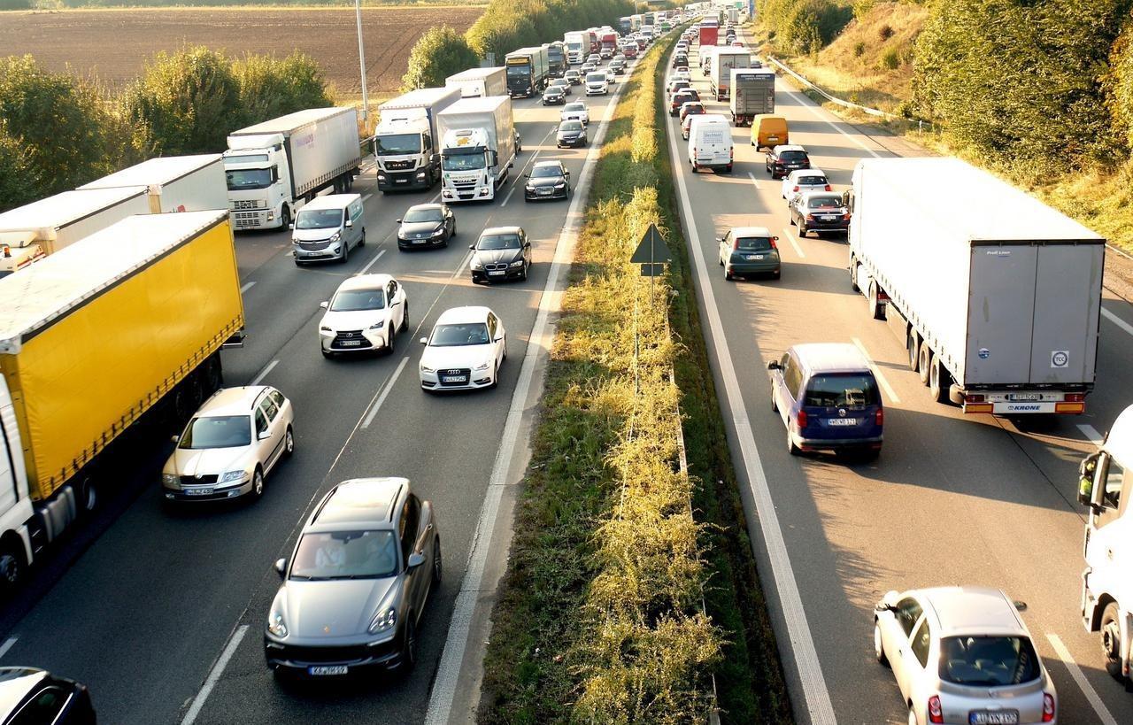 """Ohne Stau und """"mobil ohne Auto"""""""
