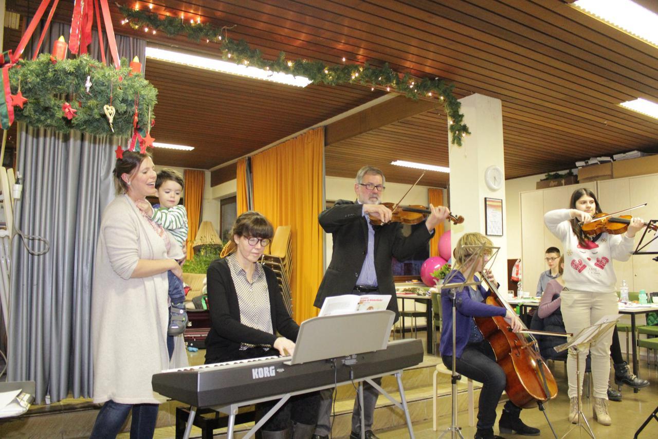 Weihnachtsfeier Unterhaltung.Drk Weihnachtsfeier Mit Viel Unterhaltung In Vienenburg