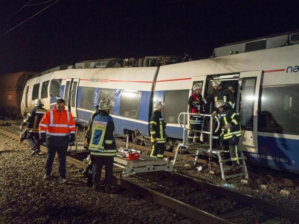 47 Verletzte bei Zugunglück