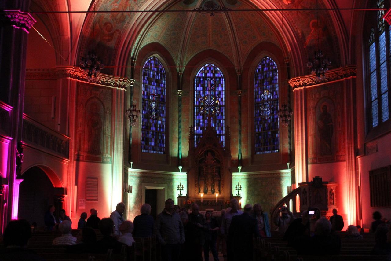 Lutherkirche im Farbrausch