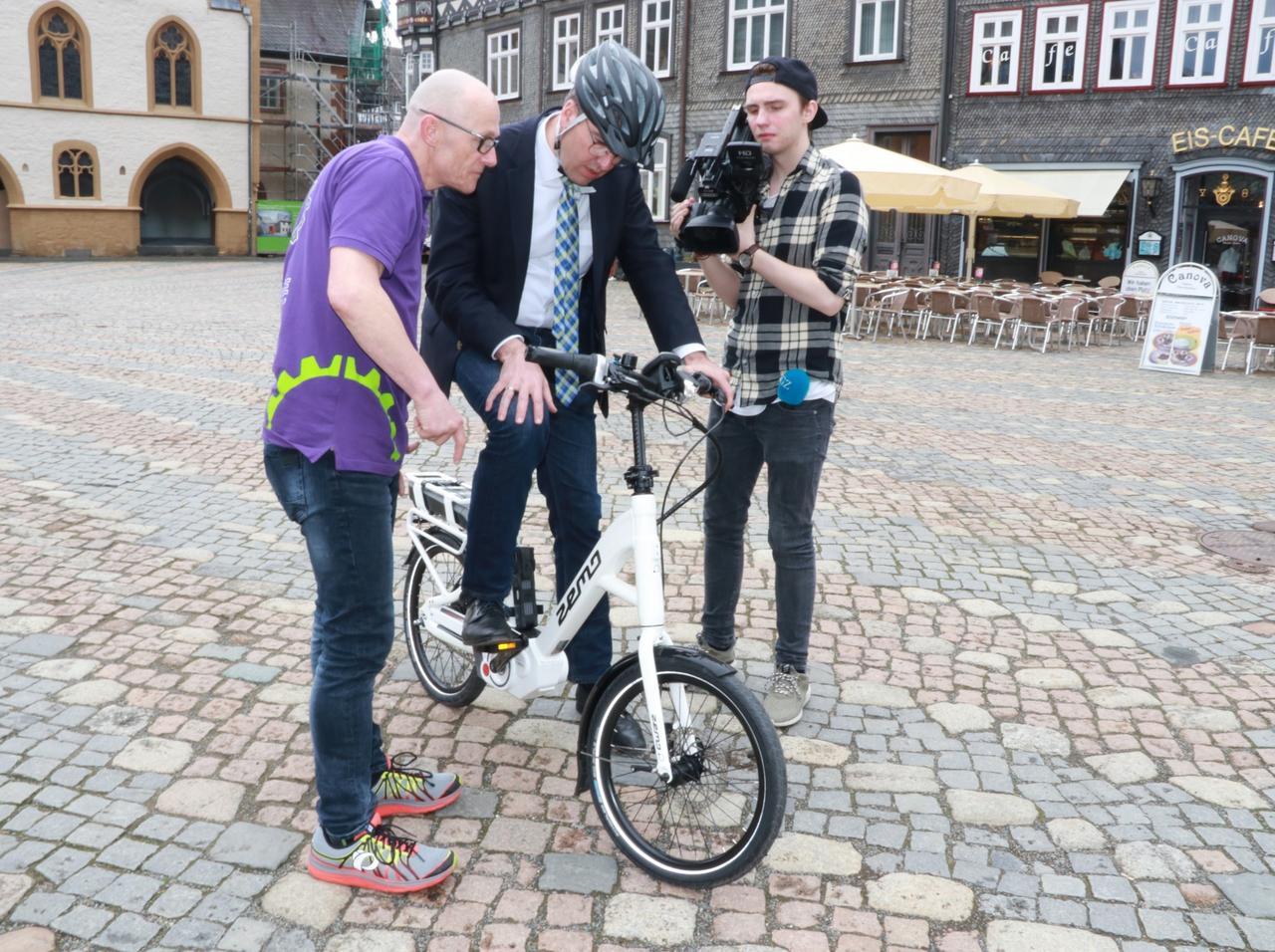 Rathaus testet City-Bikes für Dienstfahrten
