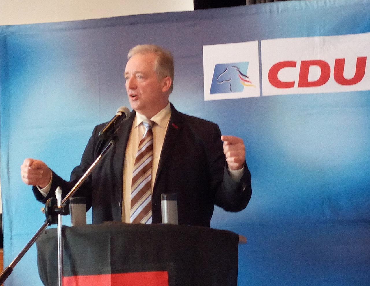 Oesterhelweg bleibt Kreisvorsitzender