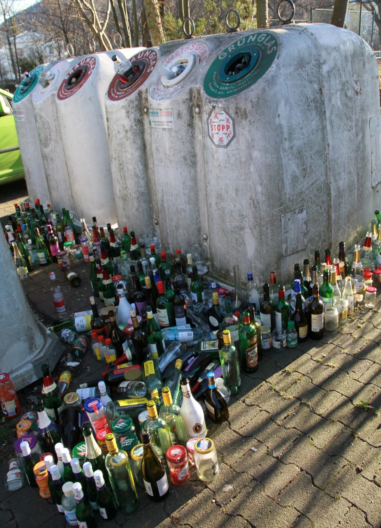 Flasche leer, Container voll