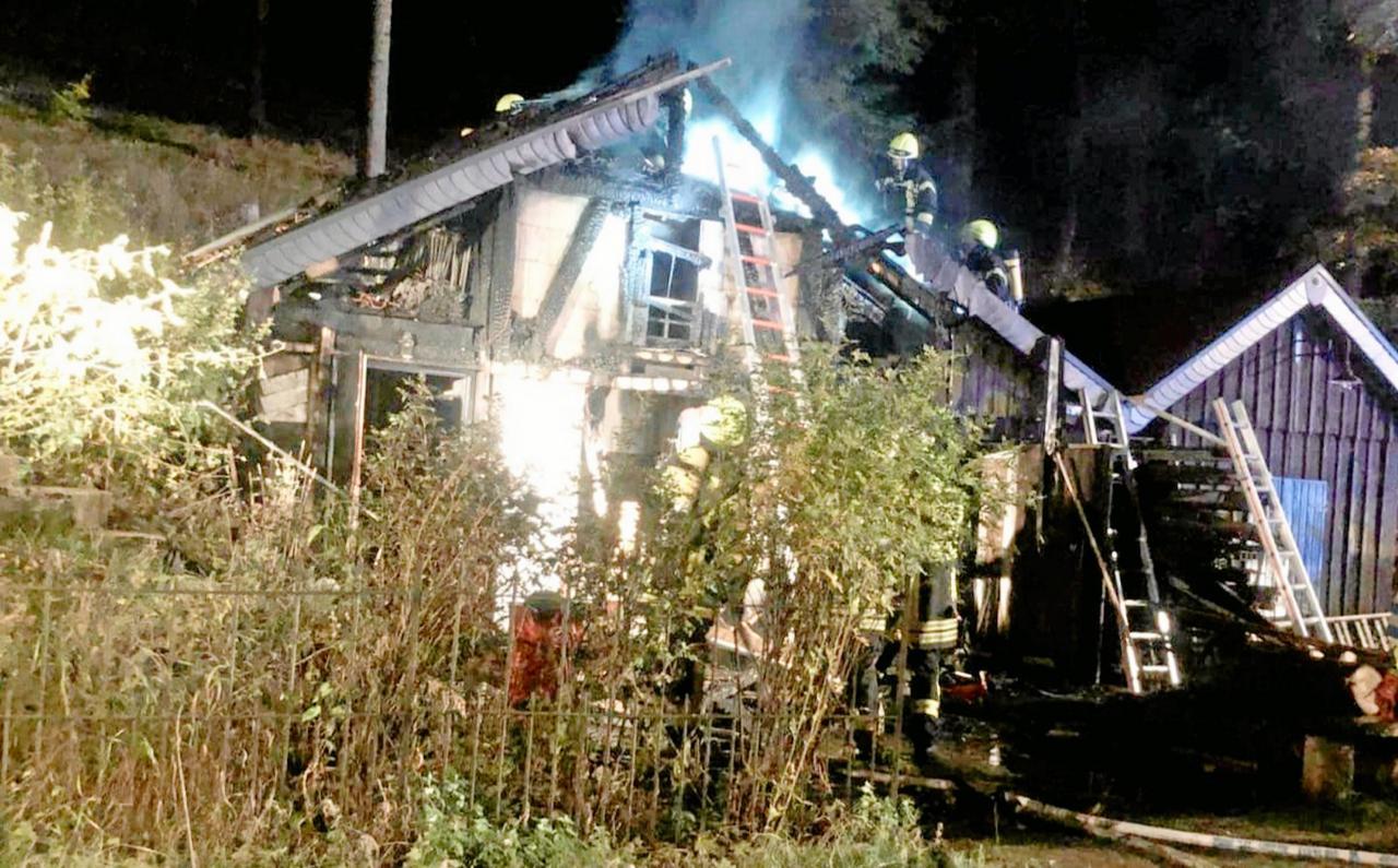 Roter Bär: Werkstatt fängt Feuer