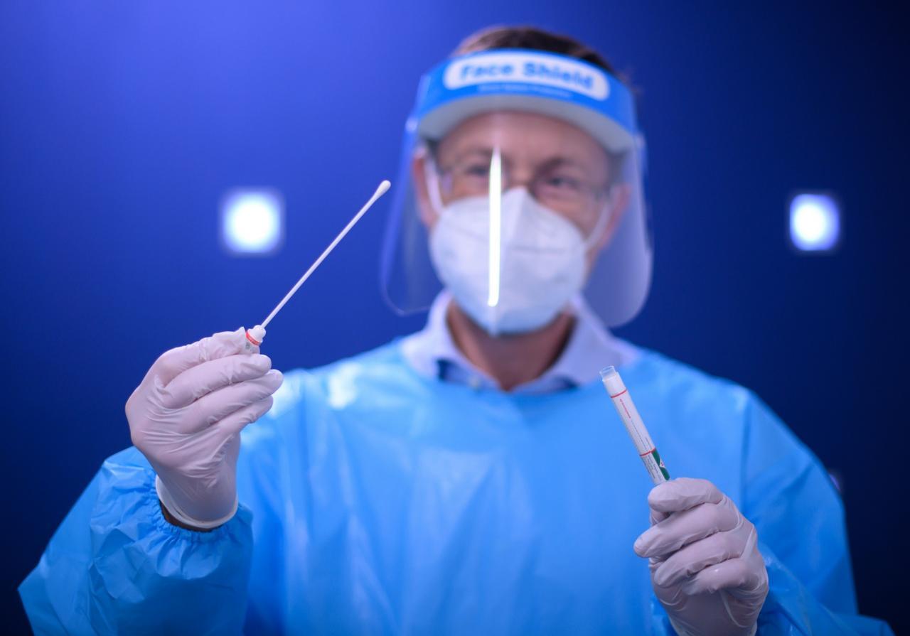 Intensiver auf Virus-Mutation testen