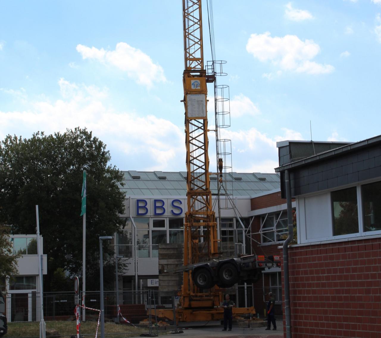 Neues Dach für BBS Baßgeige
