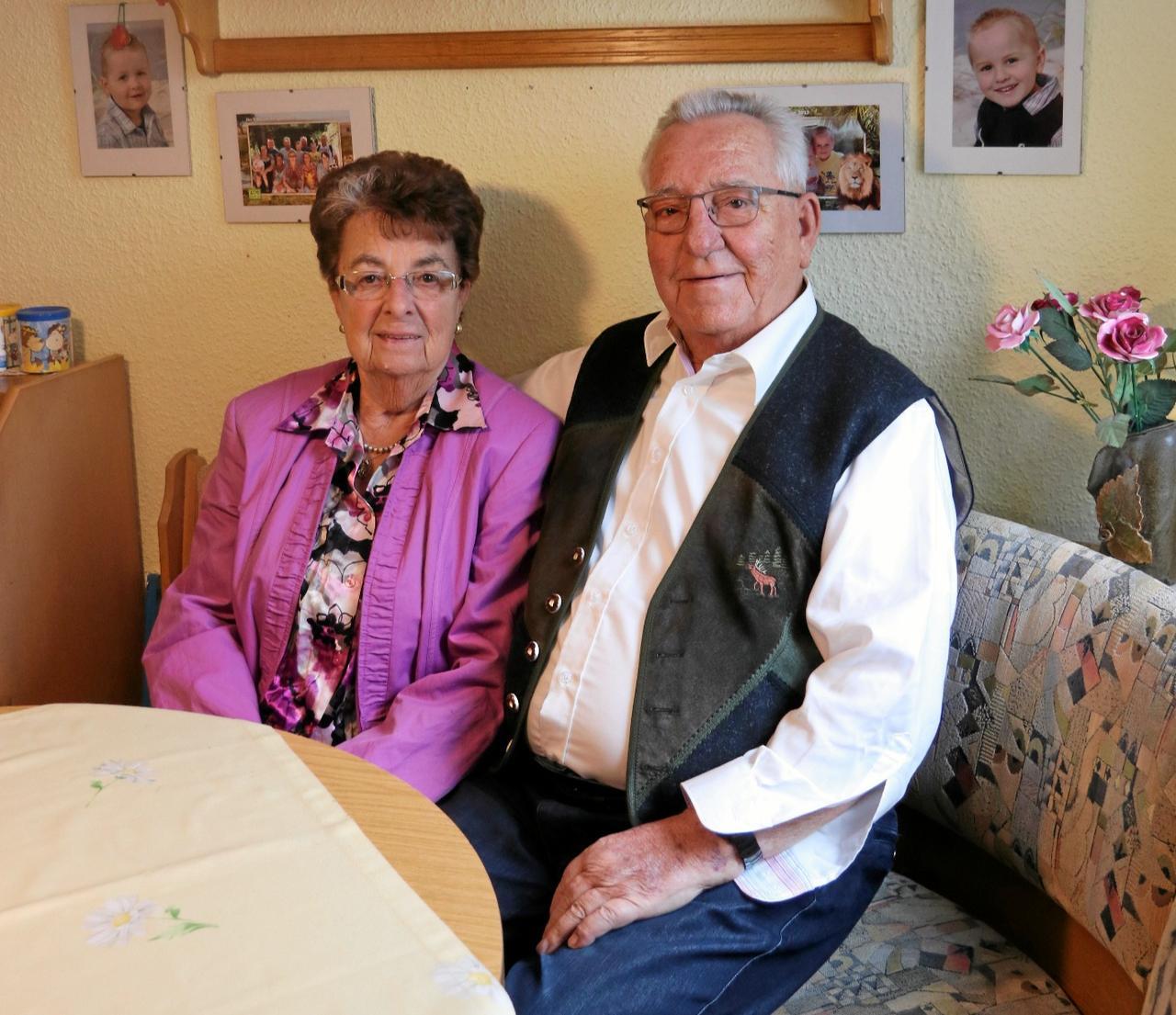 Ruth und Gerhard Zimmermann feiern