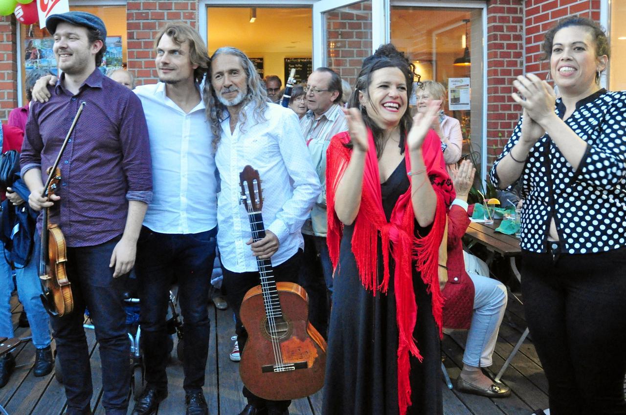 La Palma-Musiker rocken den Hof