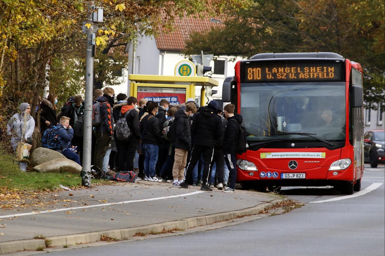 14 weitere Schulbusse im Landkreis