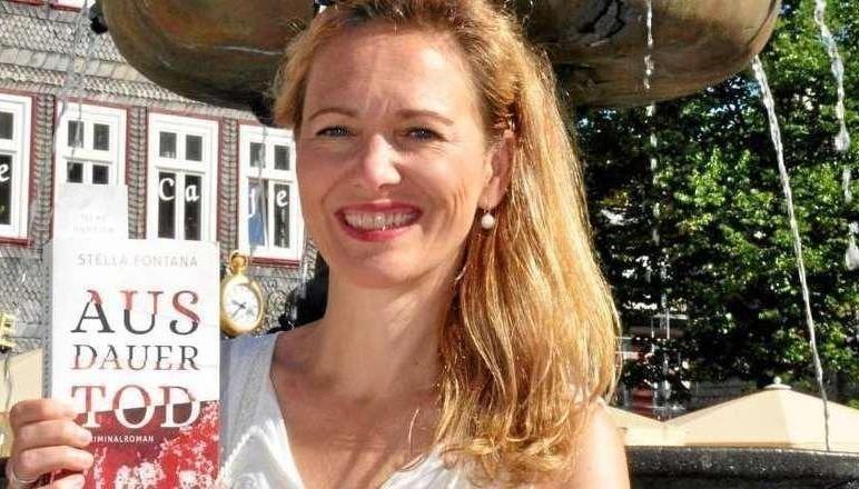 Stella Fontana liest in der Lewer Däle