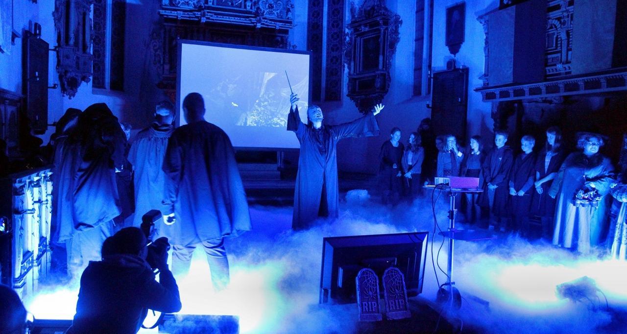 600 Gäste beim Harry-Potter-Gottesdienst