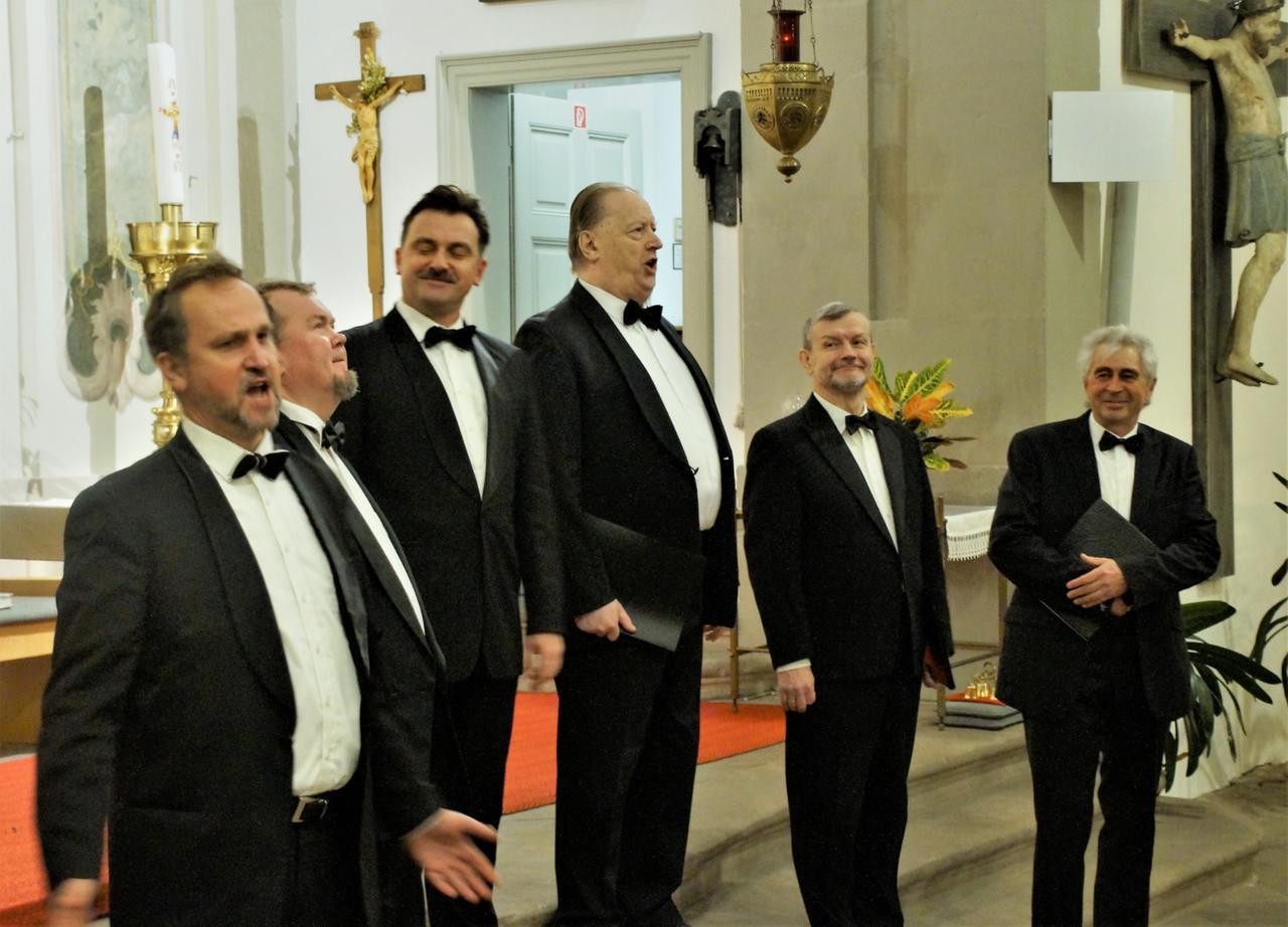 Petersburger Sänger erfreuen ihr Publikum