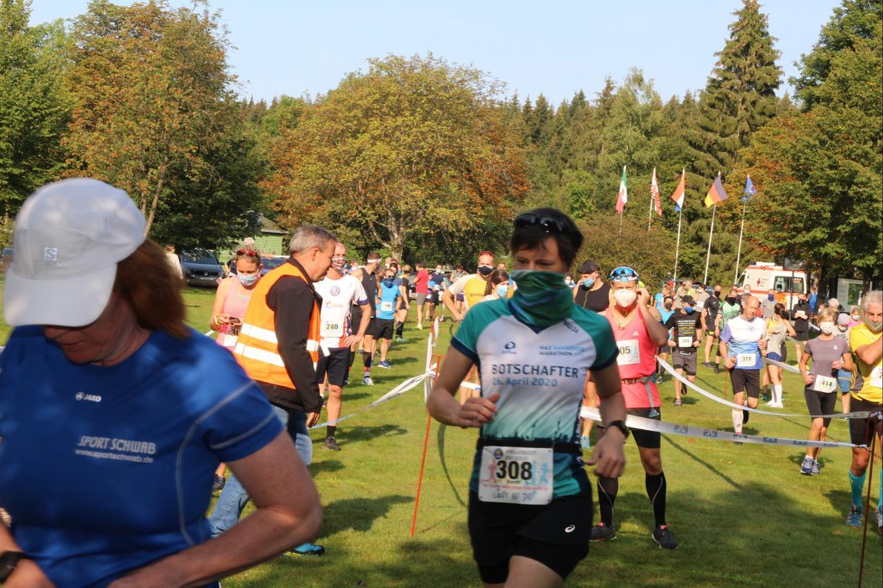Harzer Wanderwoche mit Marathon gestartet