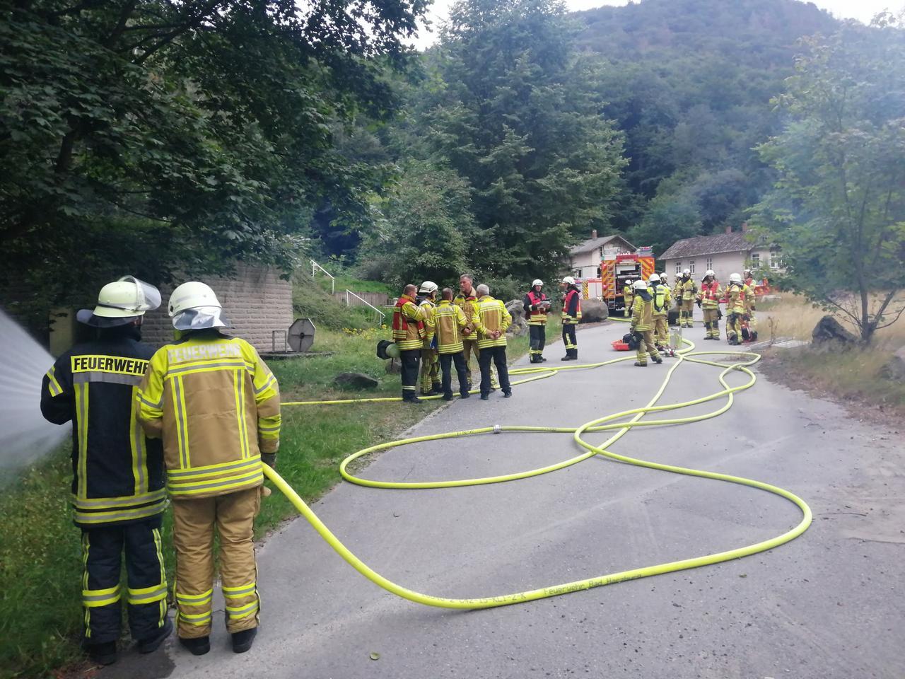 Feuerwehr übt an Wasserhochbehälter