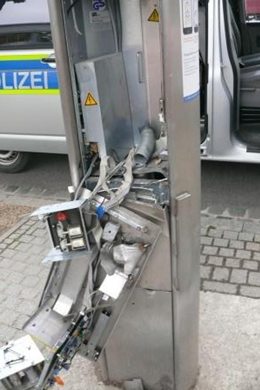 Parkscheinautomaten gesprengt