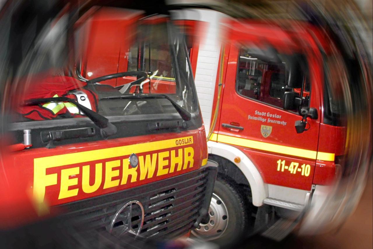 Feuerwehr beseitigt Ölspur