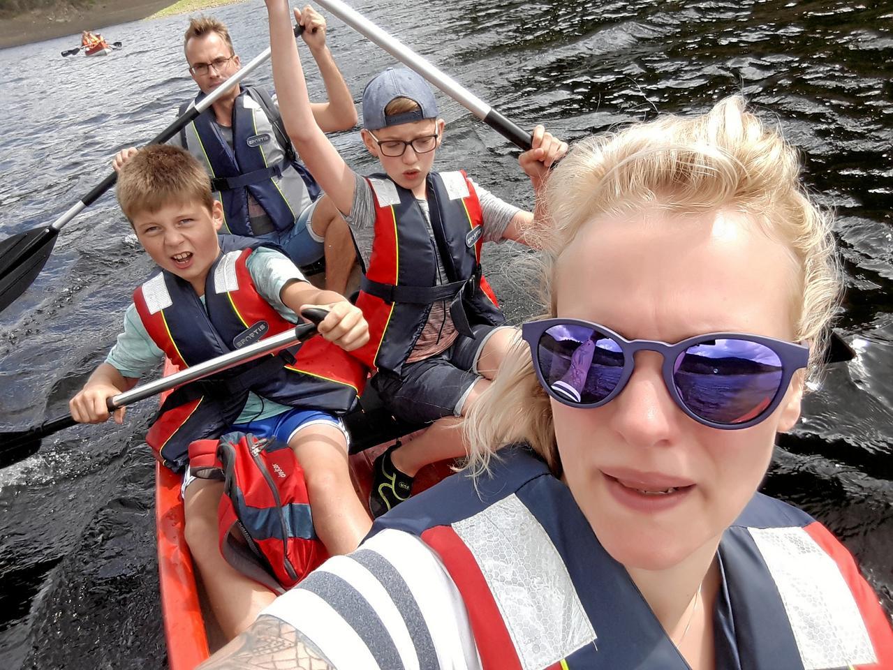Zum Ferien-Ende per Kanu über den See
