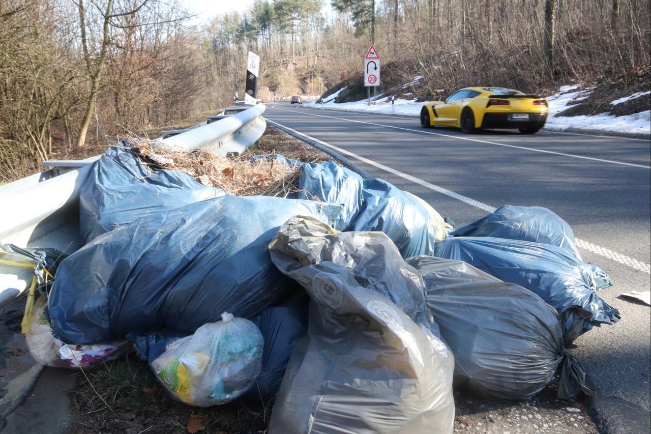 Erneut illegal Müll entsorgt