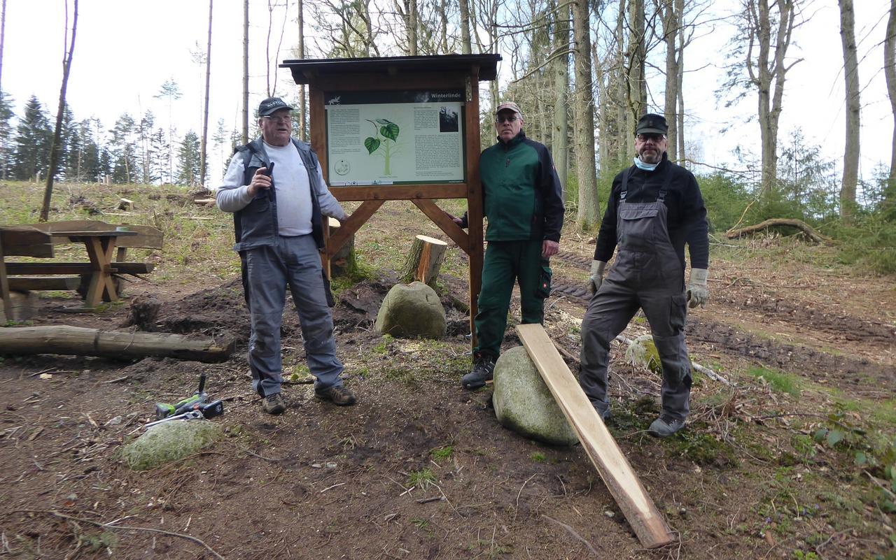 Schäden an Harzklub-Tafel beseitigt