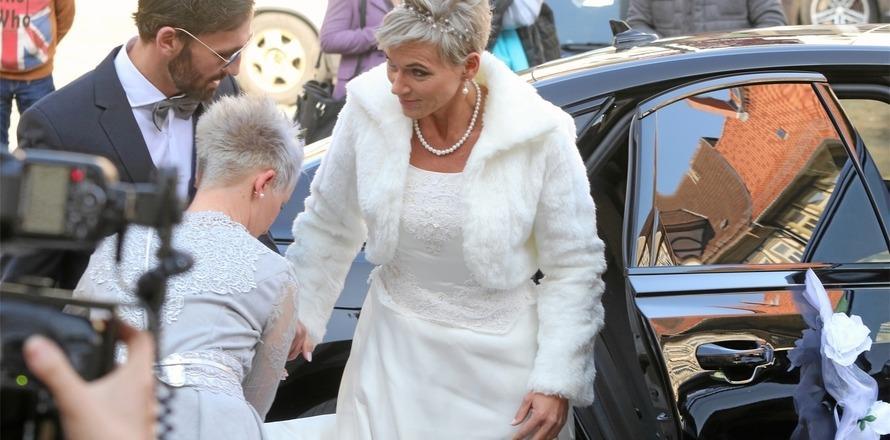 Durch den Hintereingang zur Hochzeit