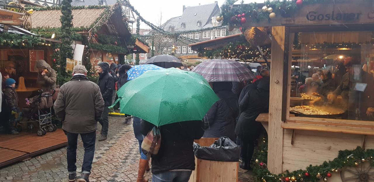Nasser Weihnachtsmarkt