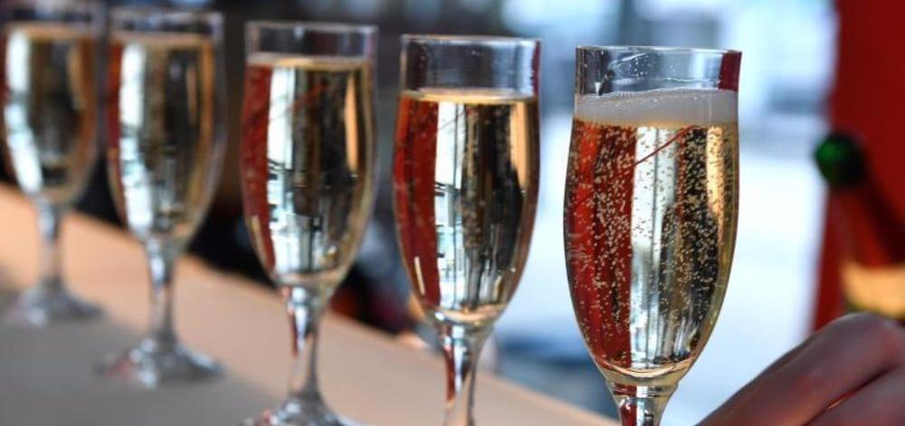 Deutsche haben Champagnerdurst