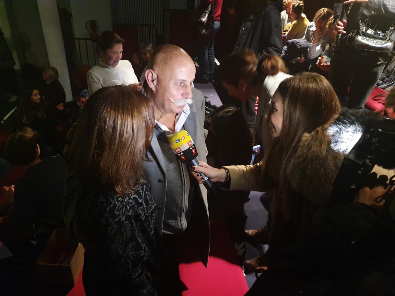 Berki Onay gibt Interviews