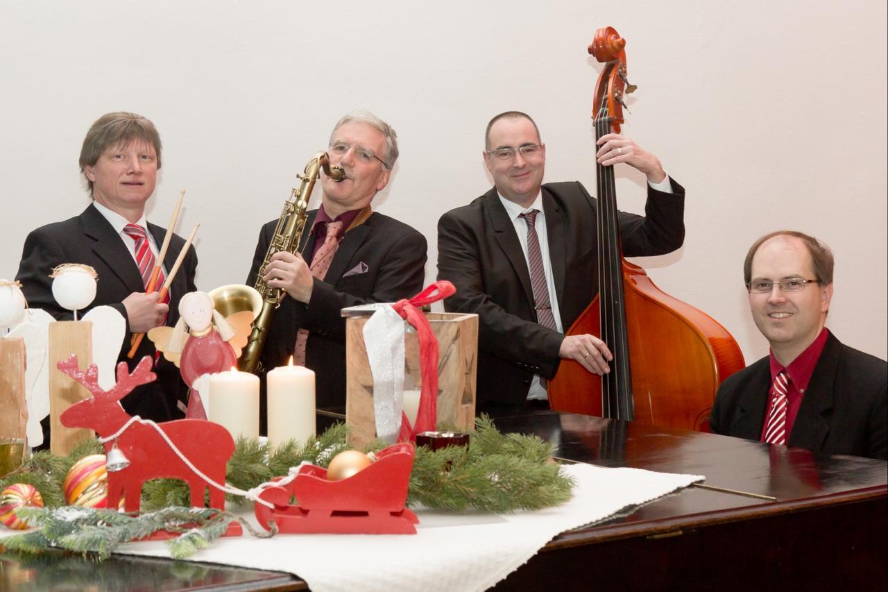 Beswingte Weihnachtsmusik im Kapitelsaal
