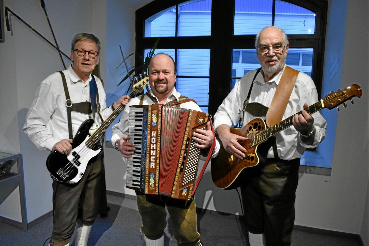 Zackel-Trio spielt Harz-Hymne stets am Ende