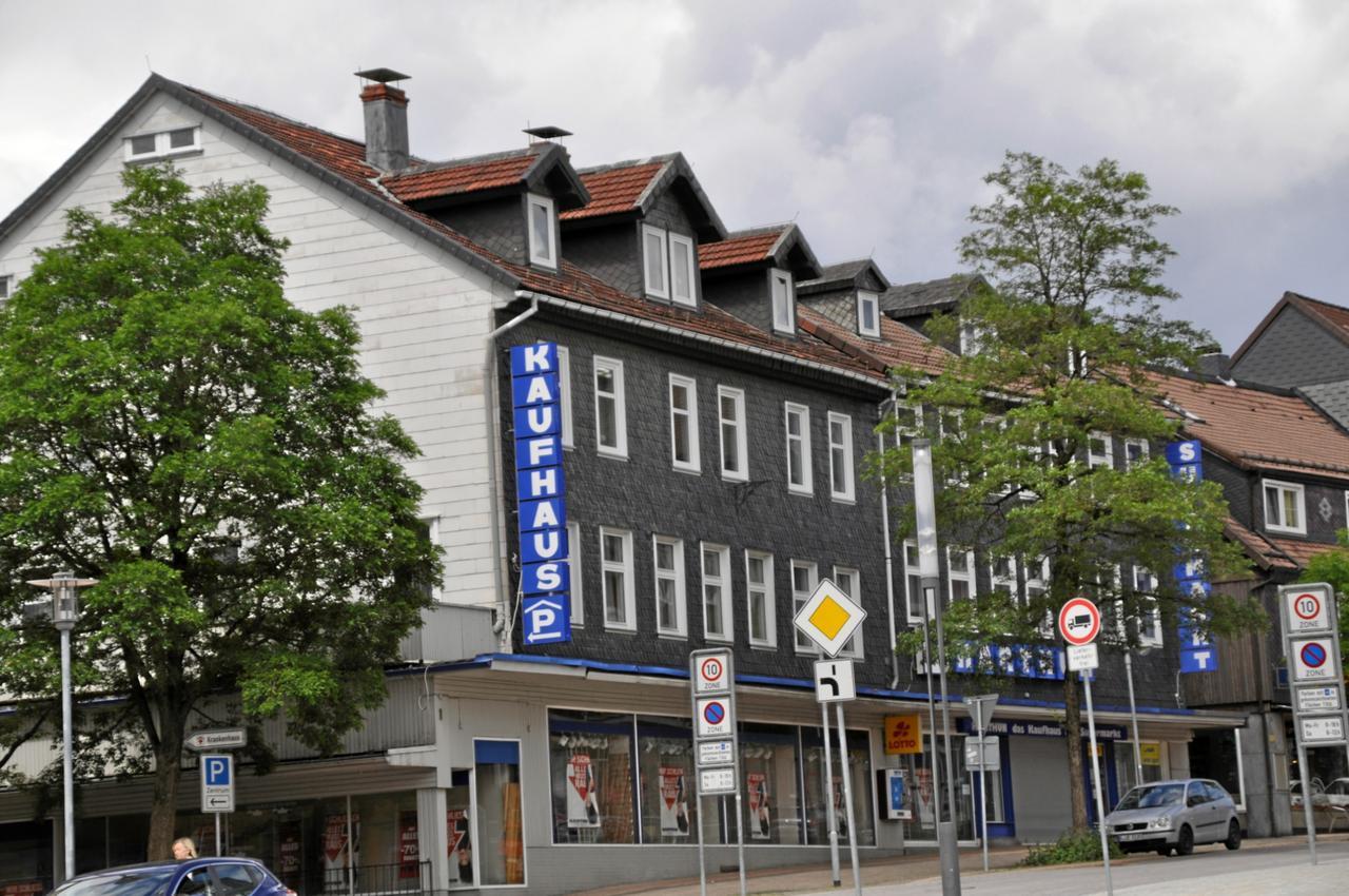 Abriss des ehemaligen Kaufhauses Harthun