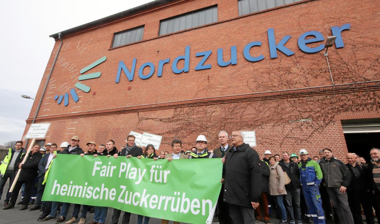 Protestaktion in Zuckerfabrik