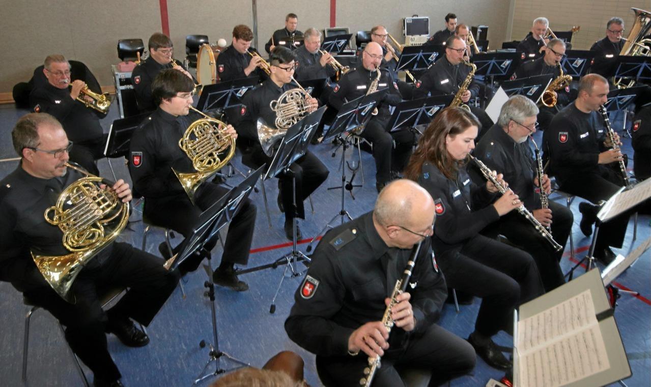 Polizeiorchester in Wolfshäger Festhalle