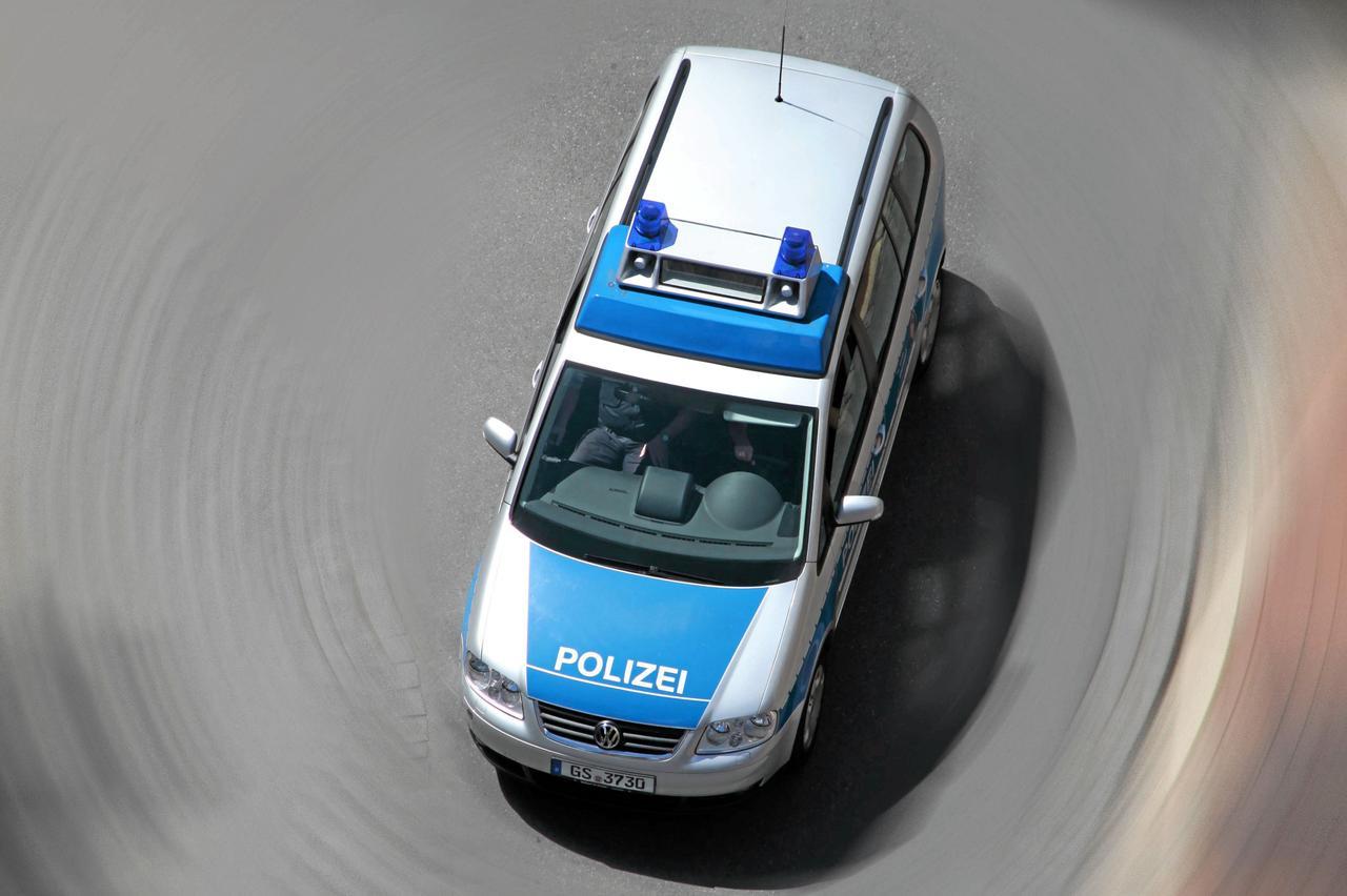 Autofahrer übersieht Kradfahrerin