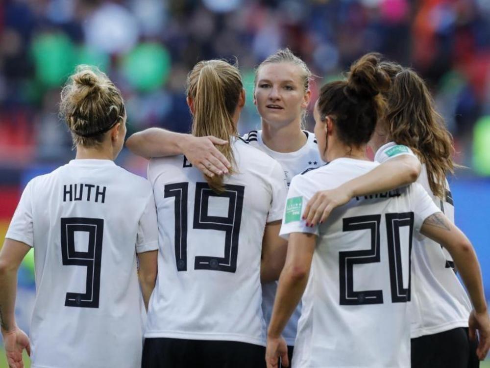 DFB-Elf ist als erstes Team im Achtelfinale