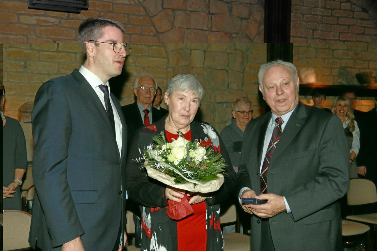 Leopold Pilz erhält Orden für Engagement