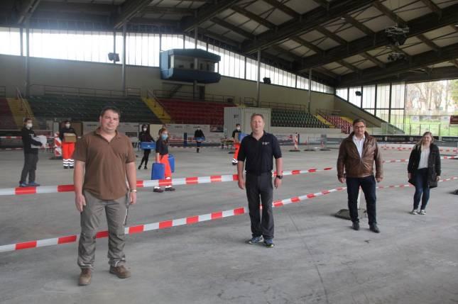 Eisstadion: Testzentrum öffnet Mittwoch