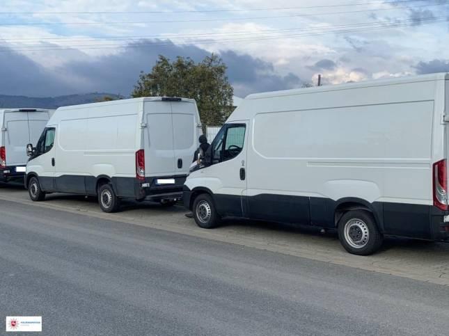 Polizei beschlagnahmt Fahrzeuge