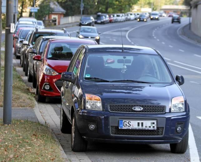 Parken an der B4 ab Freitag verboten