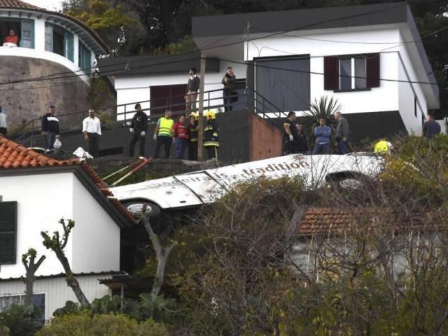Reisebusunglück: 29 Menschen sterben