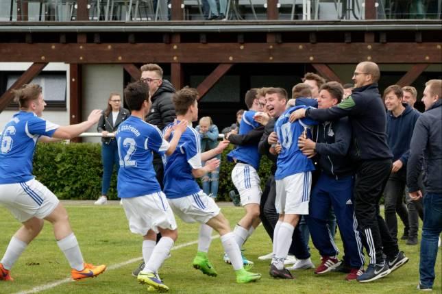 A-Junioren des FC Othfresen steigen auf