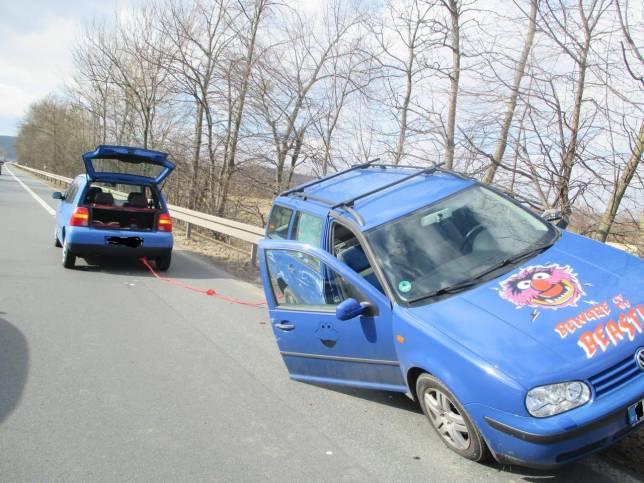 Abschleppmanöver endet in Unfall